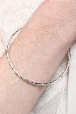 Silver Three Stone Beaten Bangle