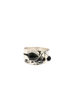 3D Vine Black Onyx Silver Ring