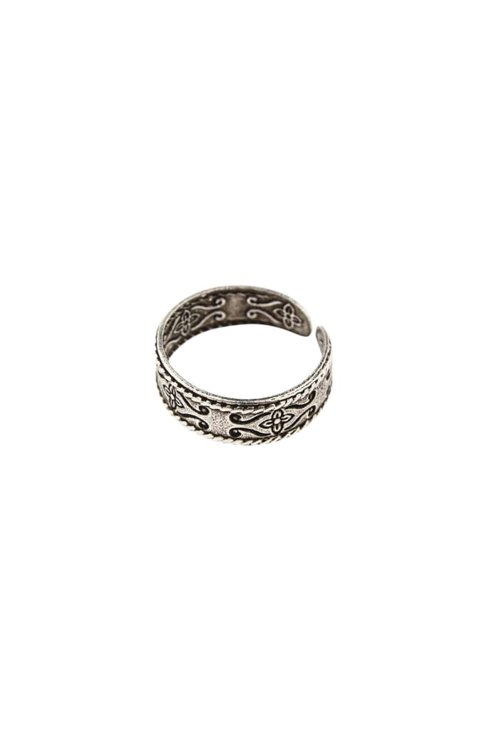 Floral Etched Silver Toe Ring