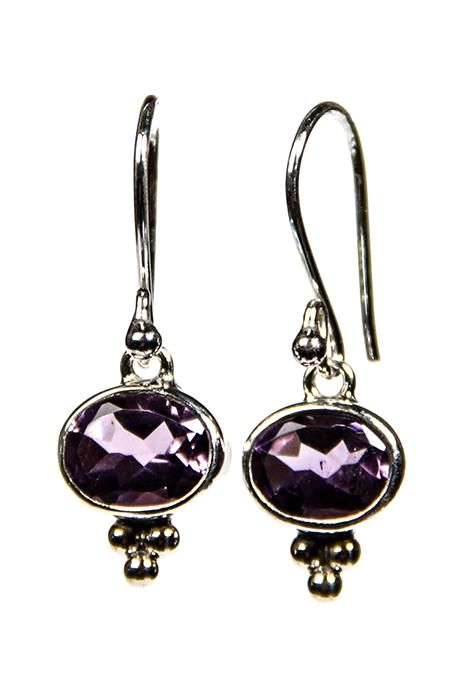 Oval Earrings With Faceted Amethyst Stone