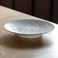 JICON Curved Flower Plate - Mimoto Japanese Homewares & Design