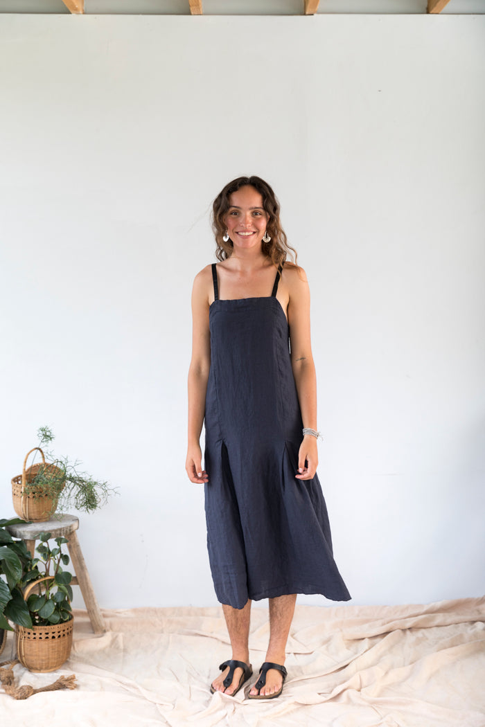 Vega Navy Linen Pleated Dress
