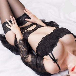 Hot Lace Bra/Pantie and Garter Set