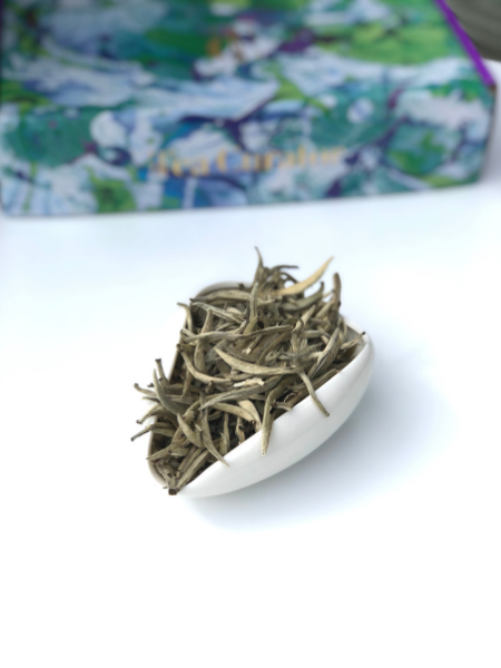 WHITE TEA: Jing Gu Silver Needles, China