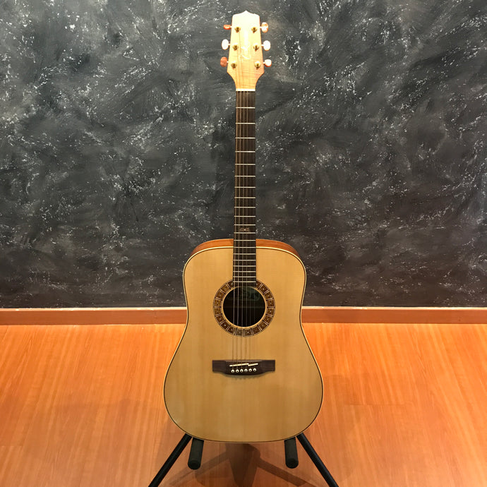 Takamine F370 Solid Spruce Dreadnaught Koa Acoustic Guitar