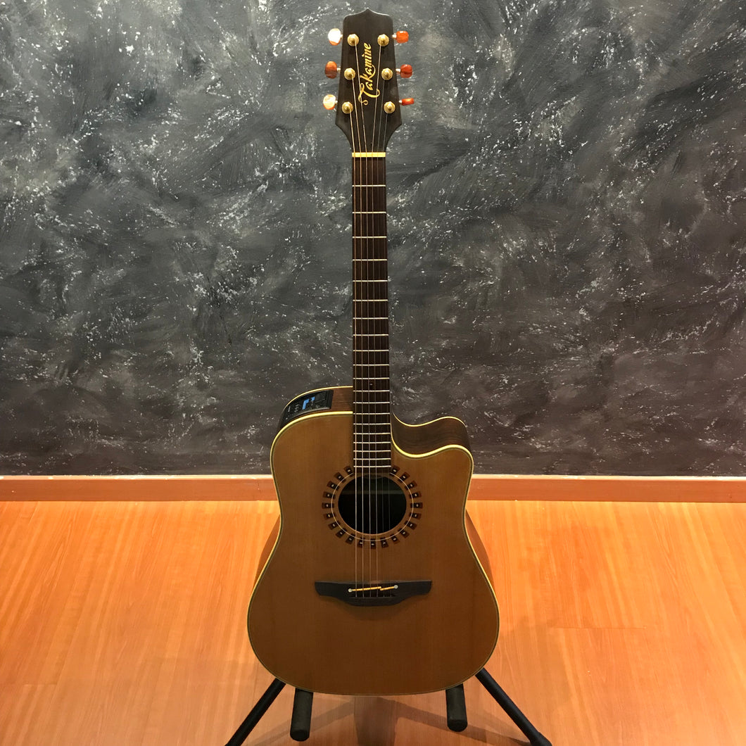 Takamine ND15C Dreadnought Acoustic Guitar