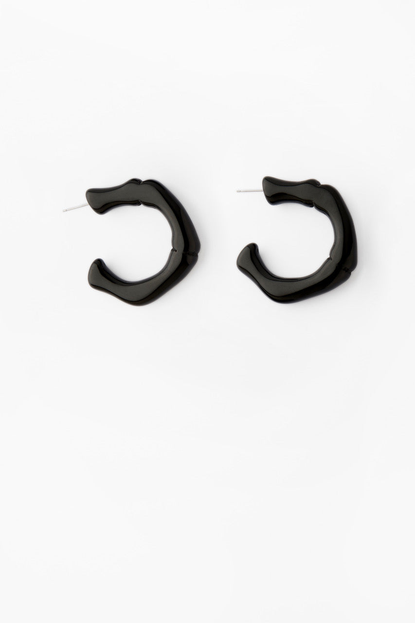 Nubia Hoops in Black