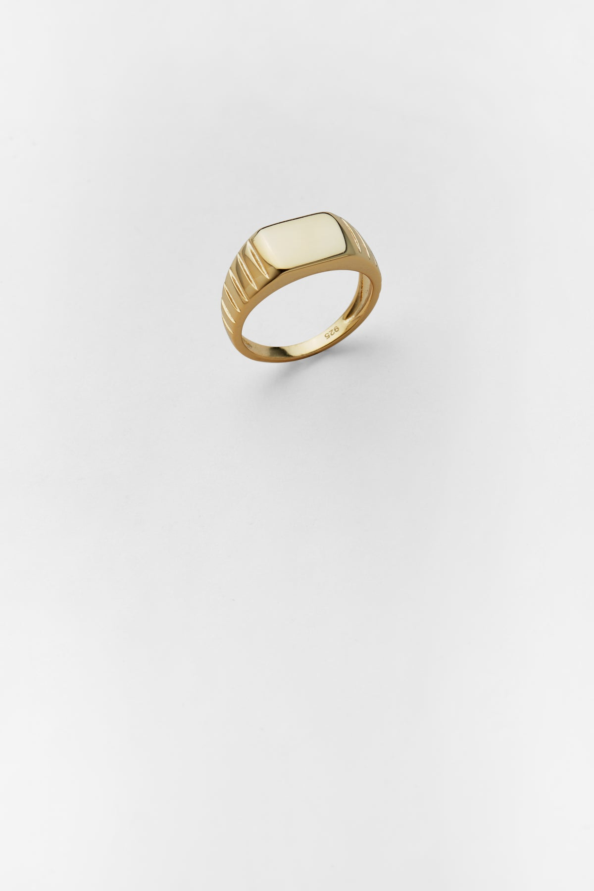 Trevi Signet Ring