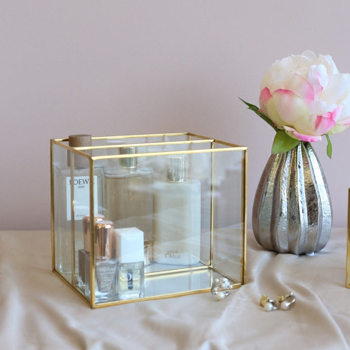 Glam Compartment Brass Holder