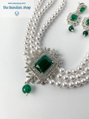 After Hours in Emerald, Necklace Set - THE KUNDAN SHOP