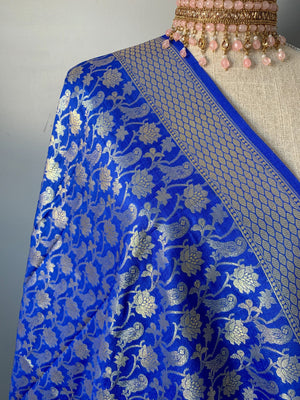 Intricate Floral Midnight Blue Banarsi Dupatta