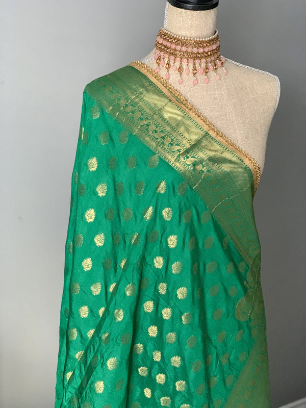 Persistant Green Banarsi Dupatta, Dupatta - THE KUNDAN SHOP