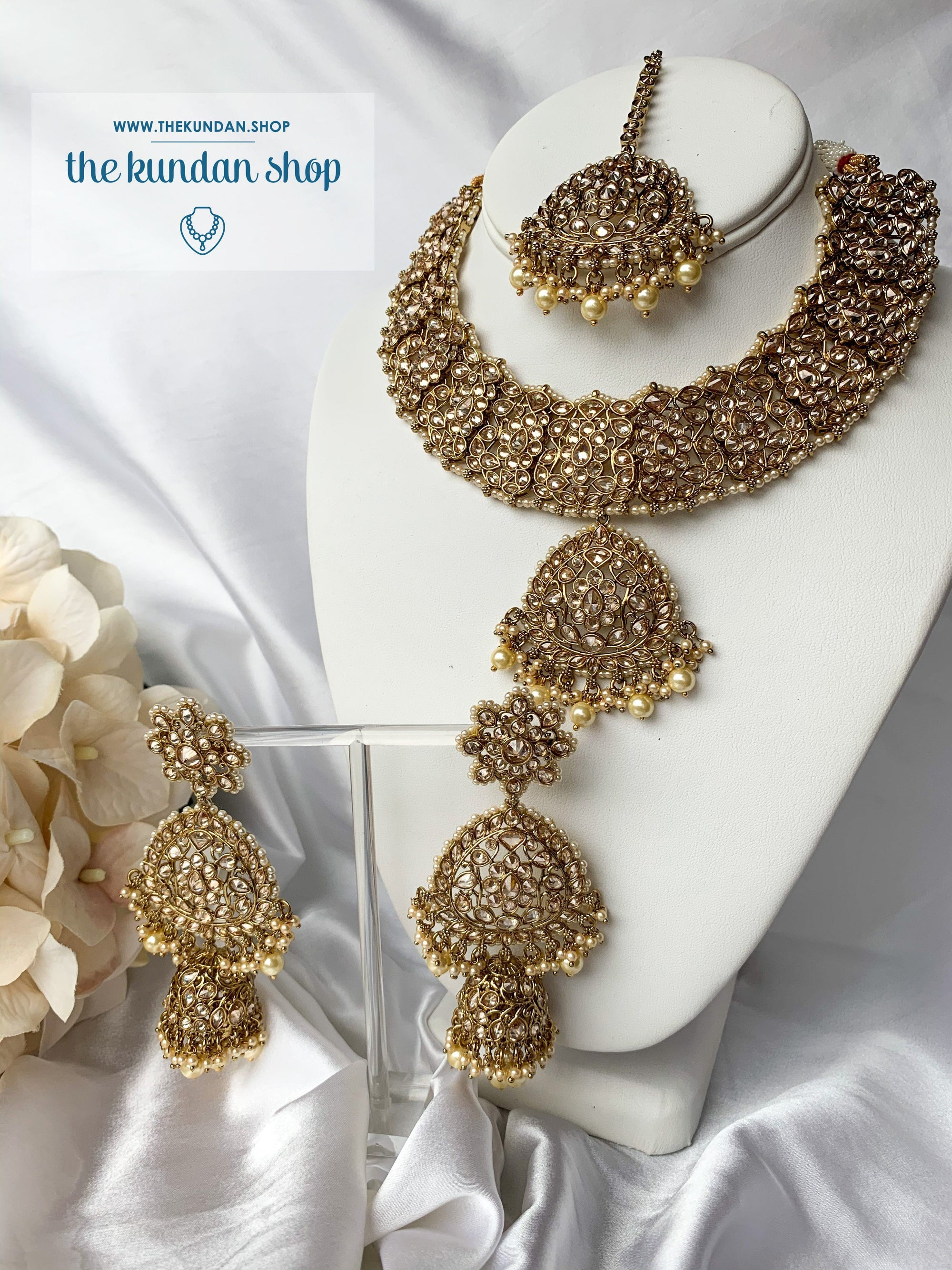 Expressive in Pearl Necklace Sets THE KUNDAN SHOP