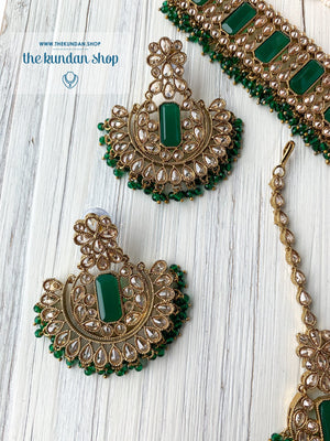 Poised in Dark Green Necklace Sets THE KUNDAN SHOP