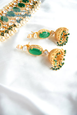 Lavish Kundan in Emerald Necklace Sets THE KUNDAN SHOP