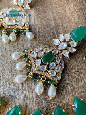 Intentional in Emerald Kundan Necklace Sets THE KUNDAN SHOP