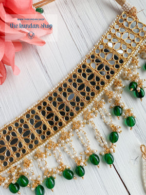 Confidence in Emerald Necklace Sets THE KUNDAN SHOP