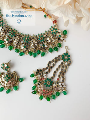 Faith in Emerald Necklace Sets THE KUNDAN SHOP