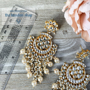 Exceptional - Pearl Earrings + Tikka THE KUNDAN SHOP