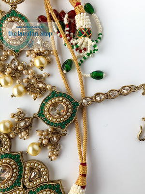 Entangled in Green, Necklace Sets - THE KUNDAN SHOP