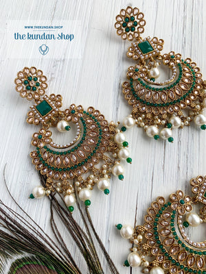 Endearing Polki in Green THE KUNDAN SHOP