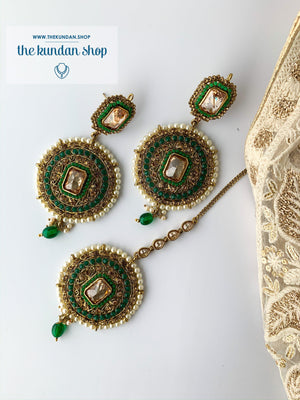 Sister of the Bride in Green, Earrings + Tikka - THE KUNDAN SHOP