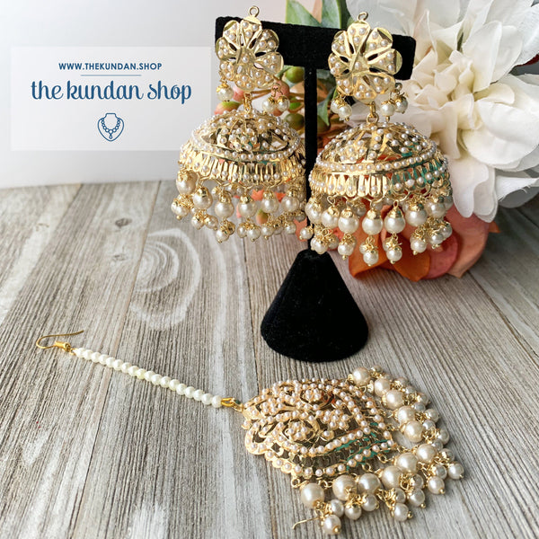 Classic Jumki's - Pearl, Earrings + Tikka - THE KUNDAN SHOP