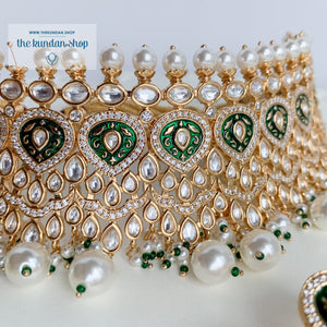 Infatuation in Green Necklace Sets THE KUNDAN SHOP
