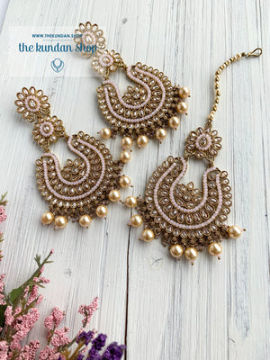Light-Hearted in Light Pink Earrings + Tikka THE KUNDAN SHOP
