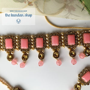 Loyals in Light Pink Necklace Sets THE KUNDAN SHOP