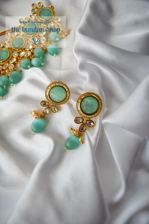 Pastel Estate in Mint Necklace Sets THE KUNDAN SHOP