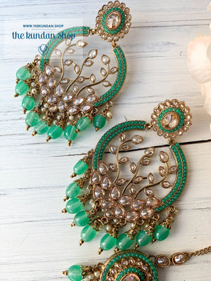 Smooth Move - Mint, Earrings + Tikka - THE KUNDAN SHOP