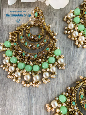 Candid in Mint Earrings + Tikka THE KUNDAN SHOP