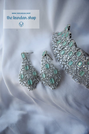 Radiate in Silver & Mint Necklace Sets THE KUNDAN SHOP