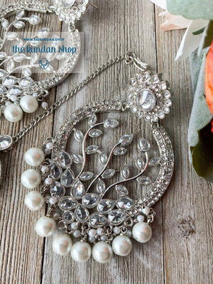 Smooth Move - Silver, Earrings + Tikka - THE KUNDAN SHOP
