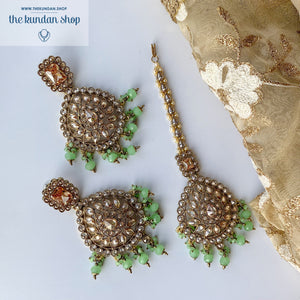 Overwhelmed, Earrings + Tikka - THE KUNDAN SHOP