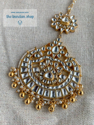 Clique Tikka Earrings + Tikka THE KUNDAN SHOP