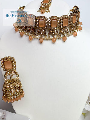Valiant in Peach Necklace Sets THE KUNDAN SHOP
