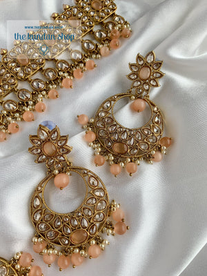 Expectations in Peach Necklace Sets THE KUNDAN SHOP