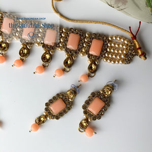 Loyals in Peach, Necklace Sets - THE KUNDAN SHOP