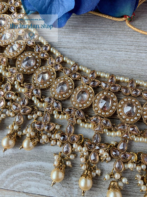 Dignify Set in Pearl Necklace Sets THE KUNDAN SHOP