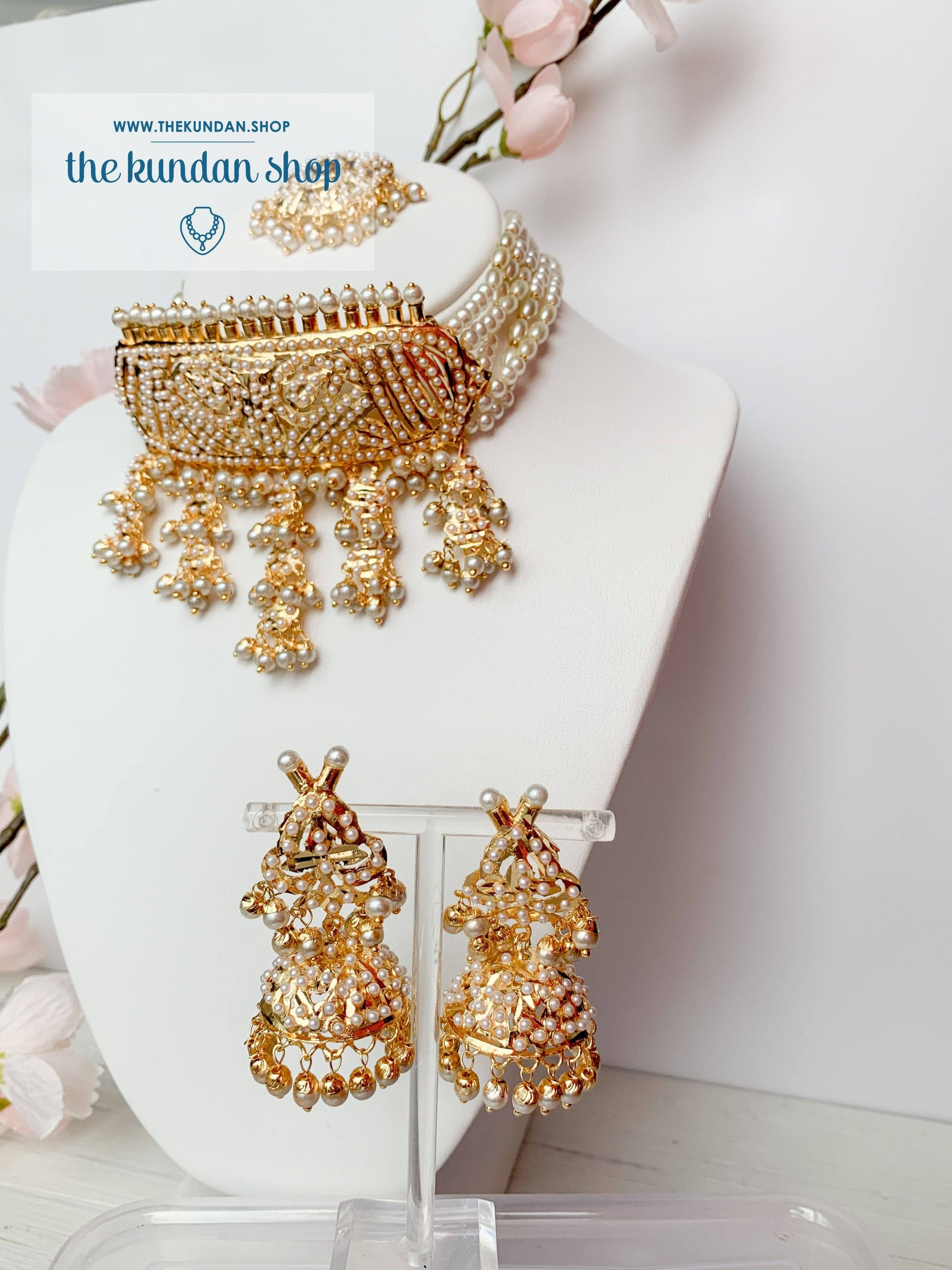 Compliment Choker in Pearl Necklace Sets THE KUNDAN SHOP
