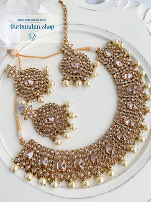 Spontaneous in Pearl Necklace Sets THE KUNDAN SHOP
