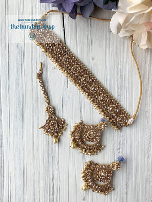 Sparkling in Pearl Necklace Sets THE KUNDAN SHOP
