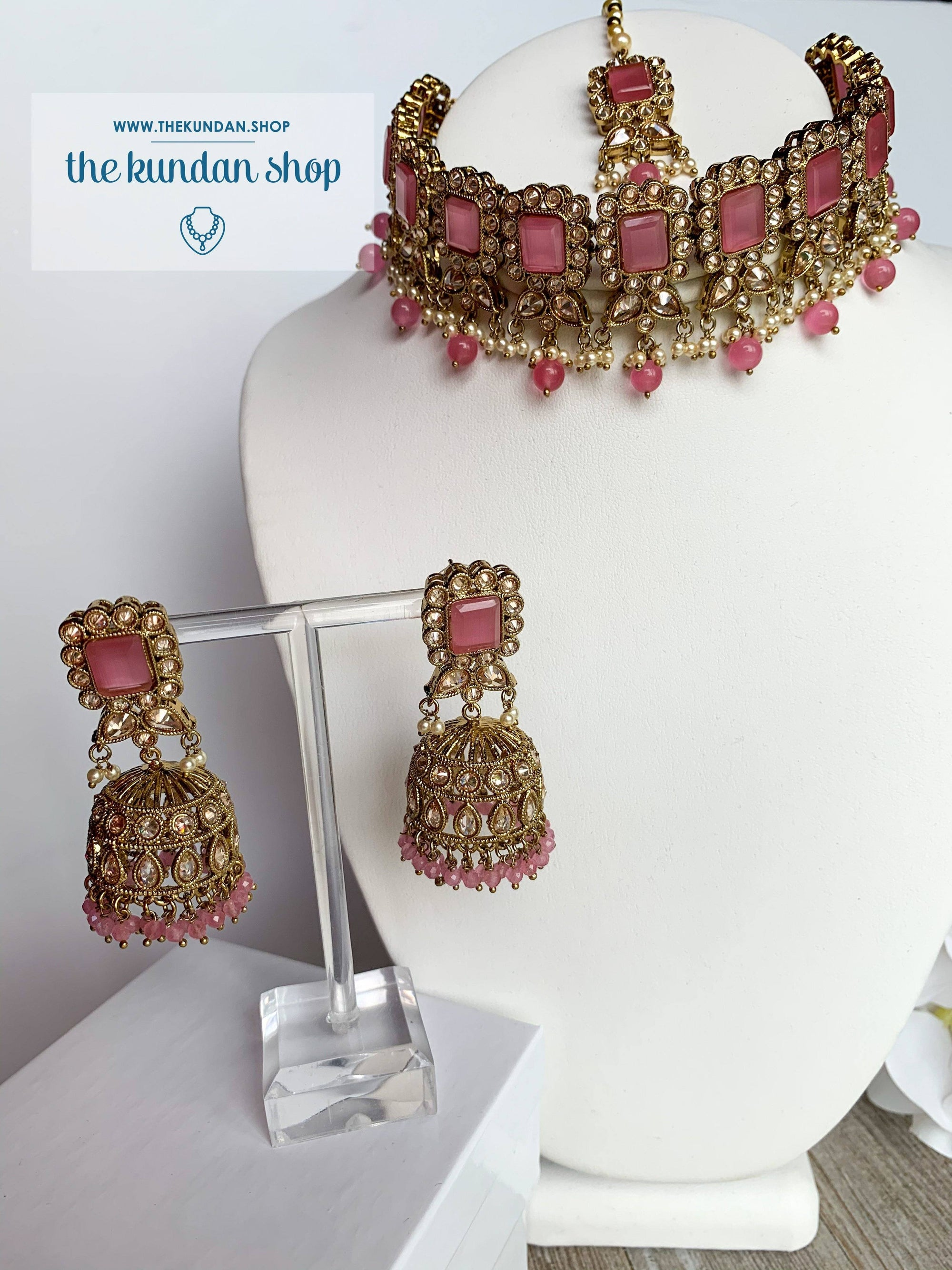 Valiant in Pastel Pink Necklace Sets THE KUNDAN SHOP