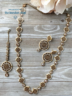 Honorable in Pearl Necklace Sets THE KUNDAN SHOP