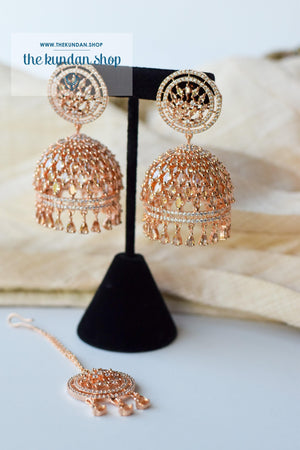 Allusive Jhumkis in Rose Gold Earrings + Tikka THE KUNDAN SHOP