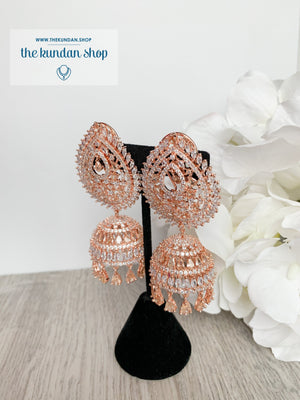 Reigning Queen in Rose Gold Earrings + Tikka THE KUNDAN SHOP Rose Gold + Gold Stone