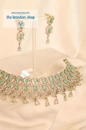 Nightfall in Silver Necklace Sets THE KUNDAN SHOP