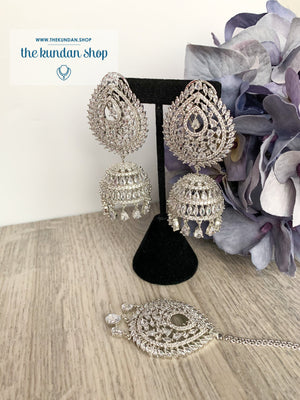 Reigning Queen in Silver Earrings + Tikka THE KUNDAN SHOP